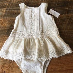 Baby GAP ivory sleeveless dress 0-3 mos